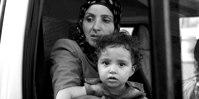 Flucht in den sicheren Norden: Syrische Mutter mit Kind