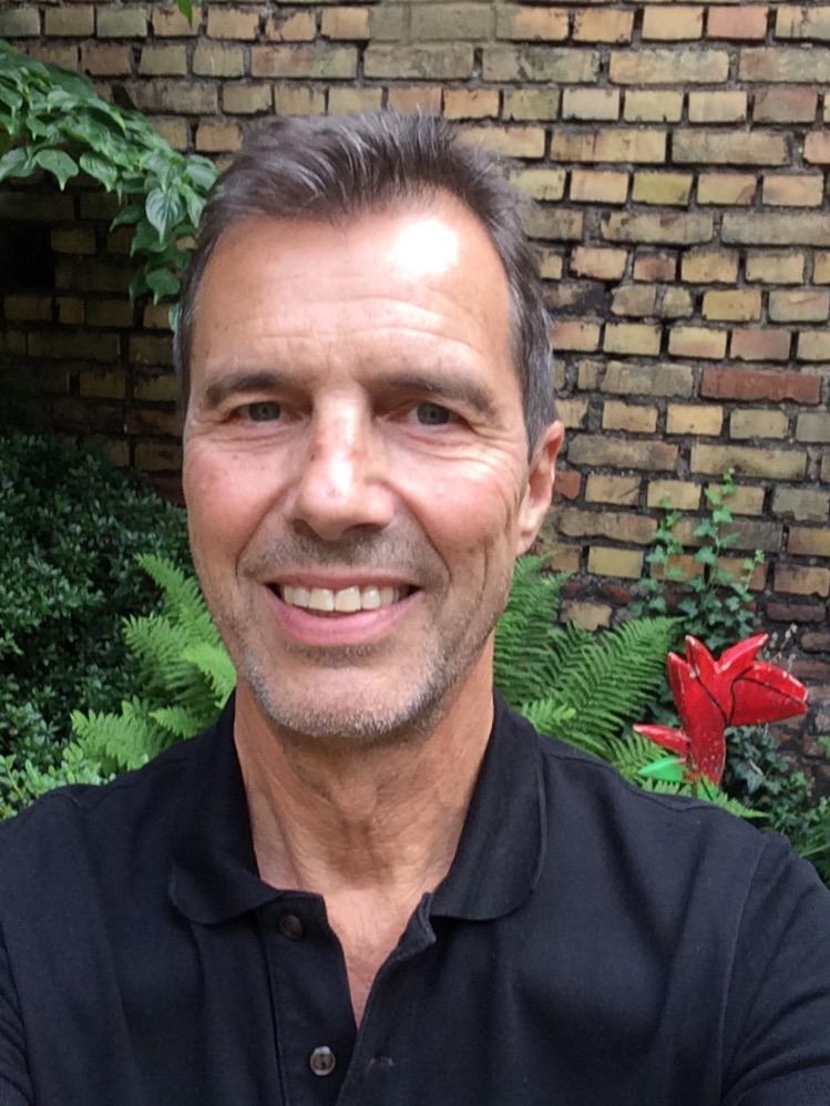Richard Hartmann, Mitglied des terre des hommes-Präsidiums