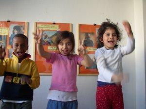 Drei Kinder aus drei Weltregionen